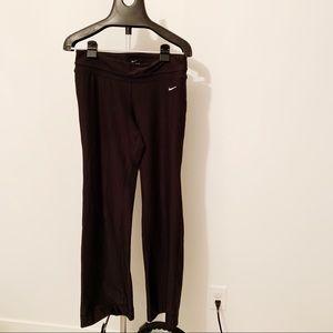 Nike Dri-Fit Wide leg yoga pants • Medium